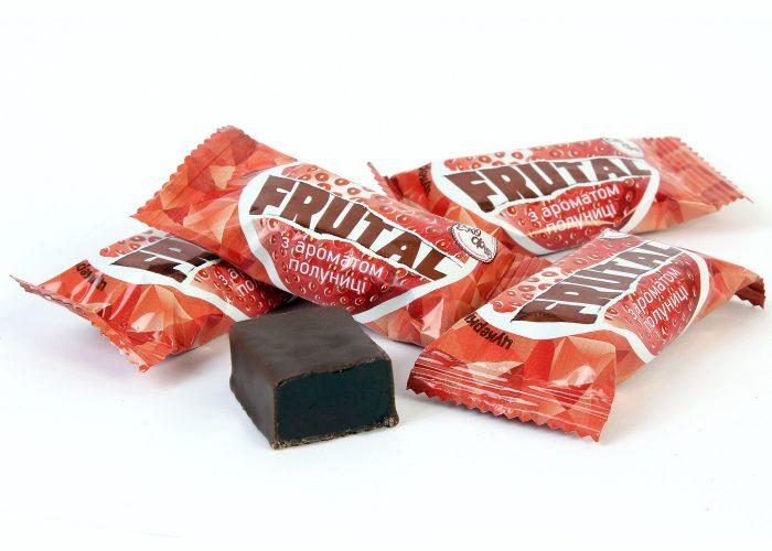 Конфеты «Frutal» с ароматом клубники